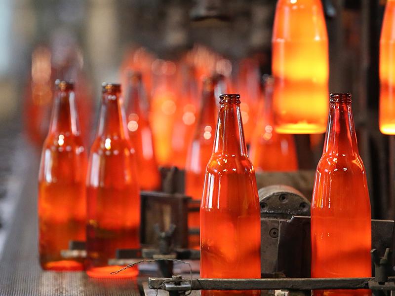 bottle production glassworks